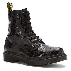 Dr Martens Cassidy 8-Eye Boot found at #OnlineShoes. Want them so bad!! Gorgeous!!