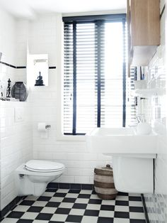 Advice, tricks, as well as resource with regards to obtaining the greatest result and making the optimum utilization of Simple Bathroom Remodel Small Bathroom Storage, Bathroom Styling, Simple Bathroom, Bathroom Organization, Do It Yourself Bathrooms, Big Baths, Restroom Remodel, Upstairs Bathrooms, Beautiful Bathrooms