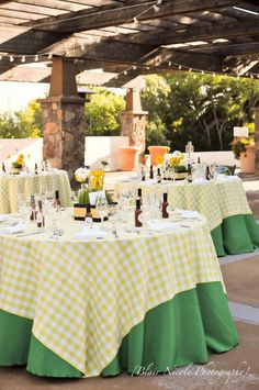 Double tablecloth... I can do that