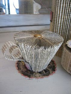 Literary teacup. Vignettes Antiques: Curl Up With A Good Book