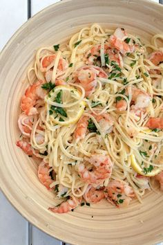 of Ina Garten's Very Best Pasta Recipes Linguine with Shrimp Scampi. 12 of Ina Garten's Very Best Pasta RecipesLinguine with Shrimp Scampi. 12 of Ina Garten's Very Best Pasta Recipes Best Pasta Recipes, Top Recipes, Lunch Recipes, Seafood Recipes, Dinner Recipes, Cooking Recipes, Easy Cooking, Summer Pasta Recipes, Cooking Icon