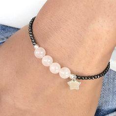 Quartz beads and small hematite bracelet idea Bisuteria Para obtener información, acceda a nuestro sitio http://storelatina.com/ #રિંગ્સ #gredzeni #Rannpháirtíochta #რგოლები #braceletsideas