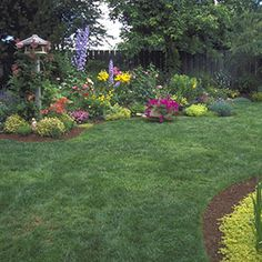 Beds with an Edge - Keep Grass Out and Give Your Gardens a Clean, Fresh Look | Rodale's Organic Life