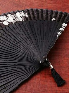 Folding fan, we had a couple of these beautiful Antique Fans, Vintage Fans, Or Antique, Chinese Fans, Chinese Style, Vive Le Vent, Jewelry Accessories, Fashion Accessories, Dance Accessories