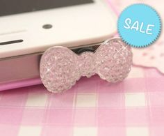 Add a bit more bling to your deco phone case with this super cute silver sparkle kawaii bow! This headphone stopper will fit most mobile phone headphone sockets. Craft Supplies Uk, Scrapbook Supplies, Candy Crystals, Kawaii Crafts, Kitsch, Card Making, Dust Plug, Sparkle, Jewelry Making