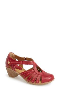 Softspots 'Sally' Leather Sandal (Women) available at #Nordstrom