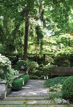 Soothing Garden Retreat - Let moss grow between loosely spaced pavers to soften the stone and give it a sense of age and permanence. Varying heights of plants and trees creates a secluded outdoor room. An open, grid-like fence allows for glimpses of matur Backyard House, Backyard Landscaping, Backyard Ideas, Landscaping Ideas, Landscaping Software, White Gardens, Garden Cottage, Garden Living, Garden Spaces