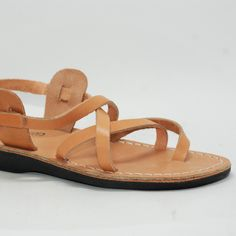 Tan Leather Sandals, Jesus Sandals, Men Gladiator Sandals, Leather Men Sandals, Men Thong Sandals By Holysouq Greek Sandals, Flat Sandals, Cowhide Leather, Leather Men, Pie Grande, Jesus Sandals, Greek Men, Tan Leather Sandals, Flip Flop Slippers