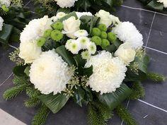 Funeral, Winter Wood Crafts, Cemetery Decorations, Floral Arrangements, Floral Wreath, Geraniums, Bouquet, Wreaths, Garden