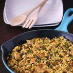 Pilaf de pollo con arroz salvaje y frutos secos. Receta