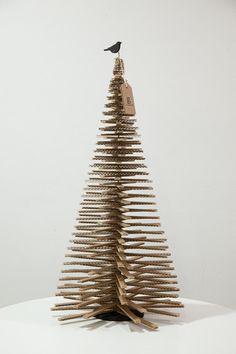 activité manuelle de Noël et sapin en carton