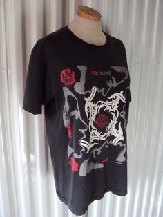 Vintage 90s Red Hot Chili Peppers Rock Concert T by nanapatproject, $68.00