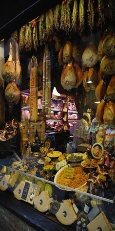 The Quadrilatero Food Market ~Bologna