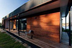 http://www.msn.com/pt-pt/lifestyle/moda/viver-numa-casa-pré-fabricada-num-penhasco-sim-na-austrália/ar-AAlJyRy?li=BBoPWjC