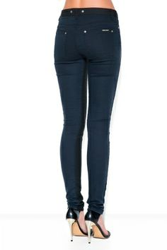 CALÇA BLACK AND BLUE SUPER SKINNY / Animale e-Store