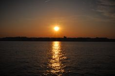 A gorgeous sunset on the Potomac River in Washington D.C.