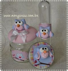 Frascos con búhos Hobbies And Crafts, Diy And Crafts, Clay Box, Creative Area, Paper Mache Clay, Fondant Animals, Paper Owls, Baby Food Jars, Owl Crafts