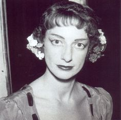 Maria Antónia Luna Andermatt, Antiga Aluna do Instituto de Odivelas Para saber mais: http://www.publico.pt/culturaipsilon/noticia/morreu-luna-andermatt-a-mulher-que-ajudou-a-inventar-a-danca-em-portugal-1611492#/2