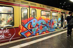 Geil - S-Bahn Train Graffiti in Berlin Bahn Berlin, Paris Metro, S Bahn, Word Art, Preppy, Trains, Graffiti, Photos, Punk