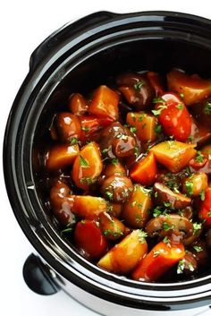 This Portobello Pot Roast recipe is easy to make in the slow cooker or pressure cooker Instant Pot its full of tender potatoes mushrooms carrots onions garlic and a savor. Portobello, Vegan Slow Cooker, Pressure Cooker Recipes, Whole Food Recipes, Cooking Recipes, Healthy Recipes, Instapot Vegetarian Recipes, Vegetarian Crockpot Recipes, Vegetarian Roast Dinner
