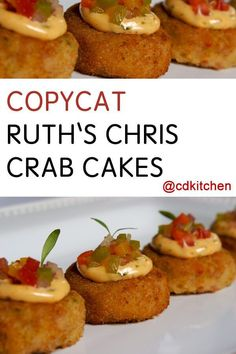 Copycat Ruth's Chris Crab Cakes - Crab meat mixed with creole mustard and creamy mayo makes some abs. Seafood Appetizers, Seafood Dinner, Great Appetizers, Appetizer Recipes, Dinner Recipes, Crab Cake Recipes, Fish Recipes, Seafood Recipes, Cooking Recipes