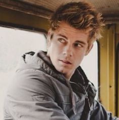Luke Mitchell (Will Benjamin) from H20:Just Add Water.He also plays John Young in The Tomorrow People.