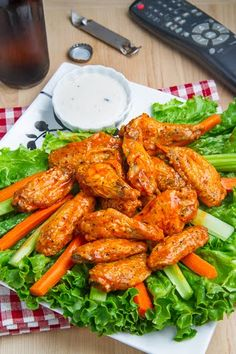 Easy Crispy Baked Buffalo Wings - Given how easy they are to make, there is no excuse to not make them for snacking on while watching the game! Just have plenty of napkins handy. Think Food, I Love Food, Food Network, Baked Buffalo Wings, Buffalo Chicken, Pickles, Tapas, Chicken Wing Recipes, Baked Chicken