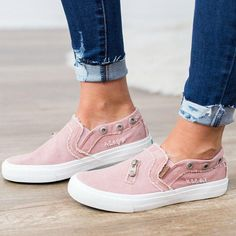 c5f4ab9a8aa Women Mariachi Distressed canvas Sneaker Shoes. Casual Slip ...
