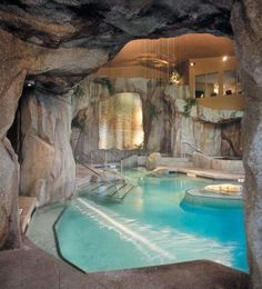 The Grotto Spa at Tigh-Na-Mara Seaside Spa Resort - Western Canada