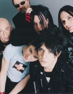 Indochine: nouvel album le 11/02/2013 BLACK CITY PARADE!
