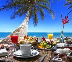 El desayuno es la comida más importante del día. De hecho, dicen los que saben de estas cosas, que debe suponer entre el 20 y el 25% de las calorías que ingerimos en el día, así que ya sabes, ¡carga bien las pilas y a por el día! 💪💪💪💪  ¡Maldivas te espera!  #NomadsMaldives #Wanderlust #Maldivas #Paraíso #VisitMaldives