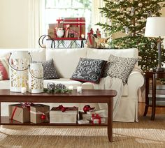 This big bold print pairs well with solids and plaids for the perfect mix-and-match pillow cover.