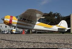 Cessna 195B aircraft picture. http://www.browsetheramp.com/