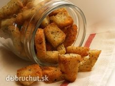 These homemade croutons are perfect on salads or used in other recipes. They have an Italian flavor with a kick of cayenne. Slovak Recipes, Czech Recipes, Russian Recipes, Ethnic Recipes, Other Recipes, Sweet Recipes, Easy Dinner Recipes, Easy Meals, Crouton Recipes