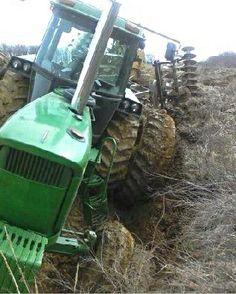 JOHN DEERE 6030 stuck