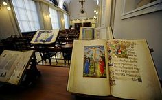 Vatican Library goes hi-tech with refit - Telegraph Vatican Library, City Library, Vatican City, Library Images, 21st Century, Kids Learning, Photo Wall, Libraries, Rome