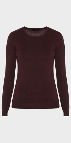 Made from a viscose blended yarn, this knit features a round neckline, long sleeves and a ribbed hem. Made in China.