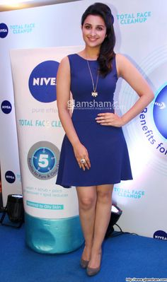 Parineeti Chopra In Short Frock at Bollywood Beauties In Hot Short Frocks picture gallery picture # 11 : glamsham.com