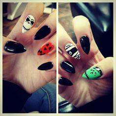 Halloween nails #ciarramills #halloweennails