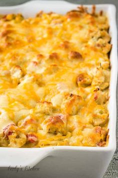 King Ranch Chicken Casserole is an easy chicken casserole recipe full of Southwest flavors. Your family will love this dinner recipe from Berly's Kitchen, because all you need to do is layer the ingredients and bake! Check out berlyskitchen.com for other great casserole recipes. Tasty Dishes, Food Dishes, Main Dishes, King Ranch Chicken Casserole, Ranch Chicken Recipes, Cooking Recipes, Keto Recipes, Dinner Recipes, One Pot Meals