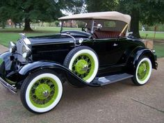 Vintage Cars 1931 Ford Model A Convertible Ford Classic Cars, Classic Cars Online, Retro Cars, Vintage Cars, Vintage Auto, Vintage Ideas, Vintage Shoes, Antique Trucks, Antique Cars