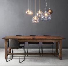 Deze hanglampen zijn gemaakt van handgeblazen glas en geven een zeer sfeervol licht! #GlassLamp