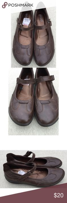 ECCO Brown Leather Mary Jane Shoes, 41/10-10.5 ECCO Brown Leather Mary Jane Shoes, 41/10-10.5.  Gently worn and in nice overall condition. Smoke free home. Thanks! Ecco Shoes Flats & Loafers