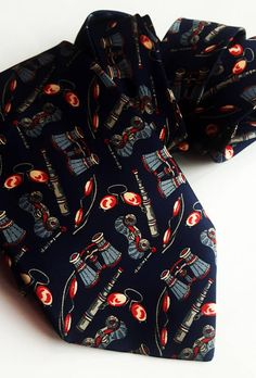 Vintage Vercourt Paris silk telescopical tie