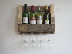 Leuk compact wijnrek voor aan de wand. Mail voor vragen en prijzen naar info@alshetmaarvanhoutis.nl