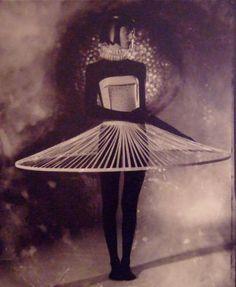 Jun Nakao paper dress via Craft