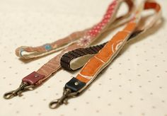 How to make a patchwork Lanyard, with fabric scraps - these are so lovely! I need these so that I can wear my i.d. cards with style at work! :D