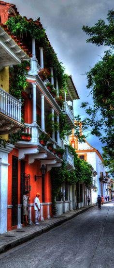 Callecitas de Cartagena... Tierra hermosa.