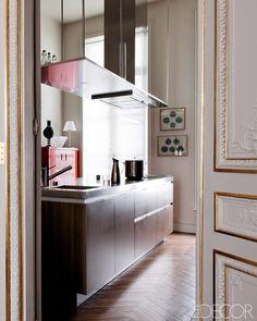 A Modern Paris Apartment #design #interior #decor #apartment #paris #missdesign #interioridea #designidea #modern #classic #contemporary #chic