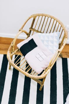 silla mimbre El dormitorio infantil de Brune